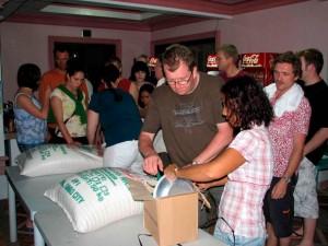 Vorbereitung Reisverteilung 035