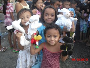 clothes toys distribution 20