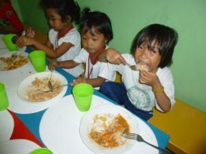 feeding (9)